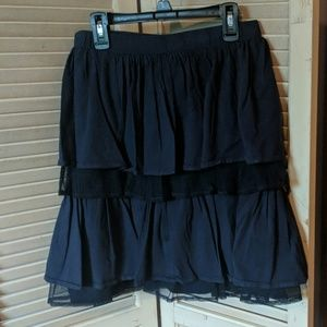 Lands End navy tiered skirt